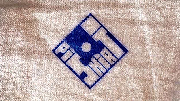 logos_pishirt